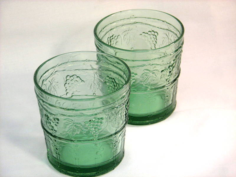 green tumblers grapes France