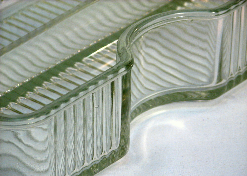 vintage glass dish detailed view