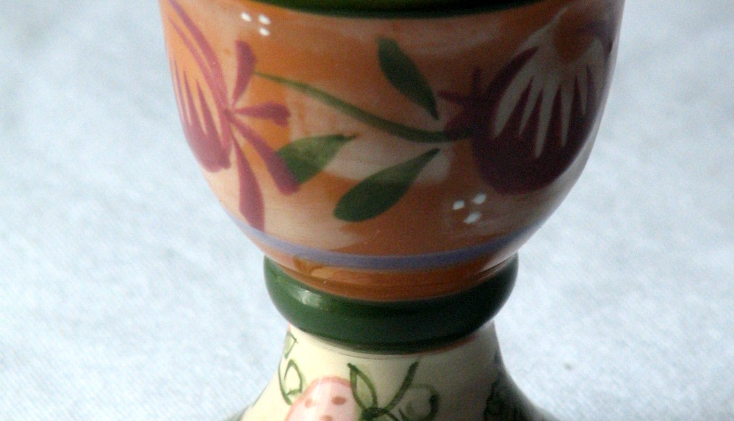 Egg cup detail