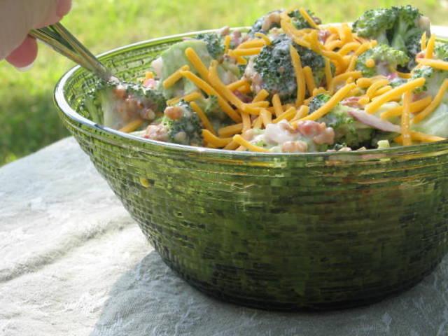 Vintage glass Soreno bowl homemade salad
