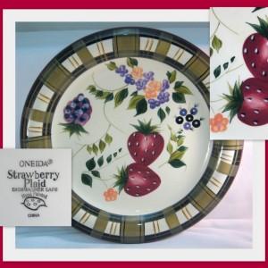 Oneida china Strawberry Plaid