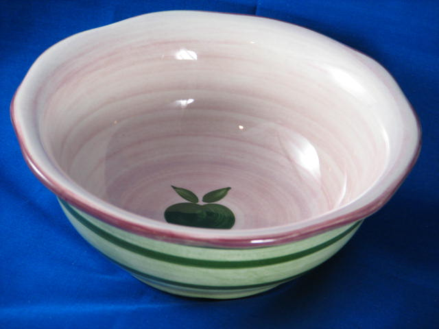 Franciscan Apple Pie bowl