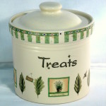 Naturewood Treat Jar Pfaltzgraff ceramic