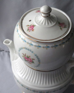 Mount Vernon coffee pot Harmony House Sears