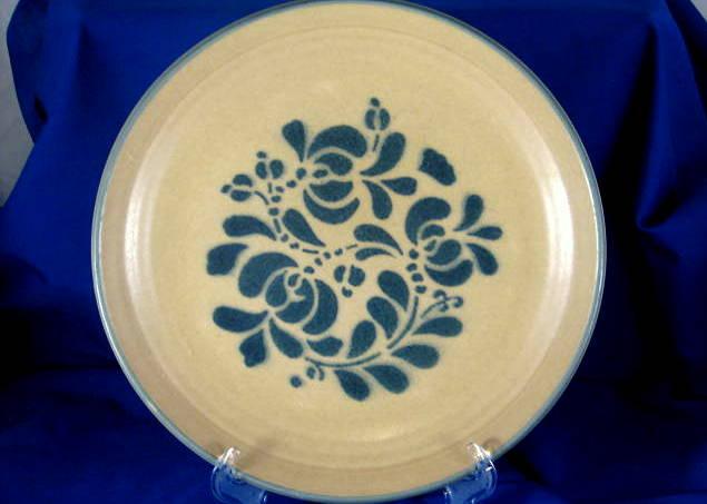 Pfaltzgraff dinnerware Folk Art