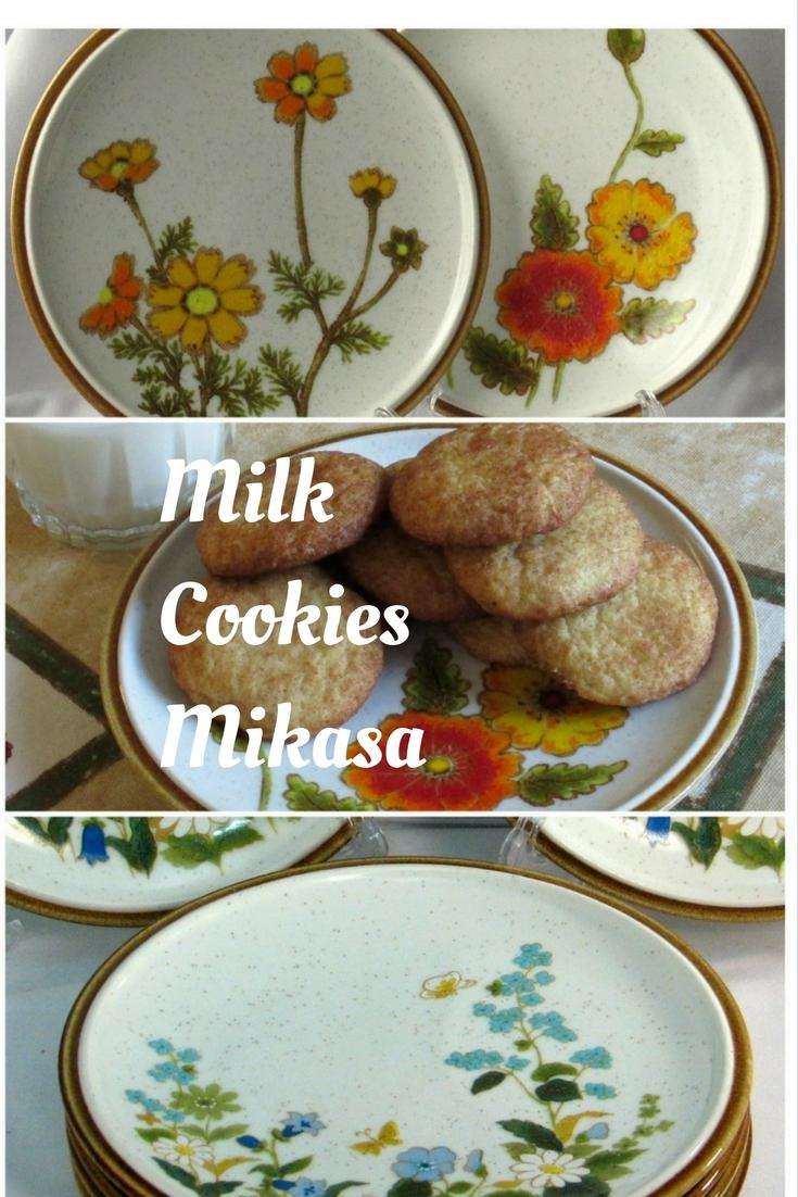 Mikasa vintage stoneware plates with cookies