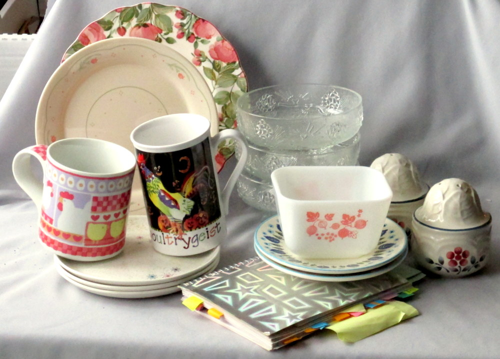 shop for vintage dinnerware