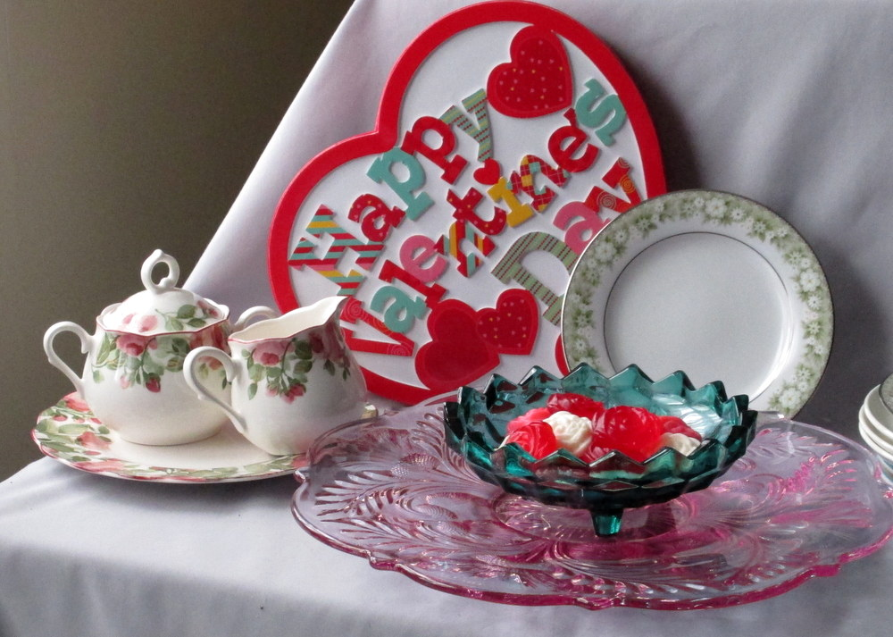 Valentines Dinnerware selection & Colorful Valentine - American Whitehall