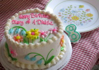 birthday cake inspired by dinnerware